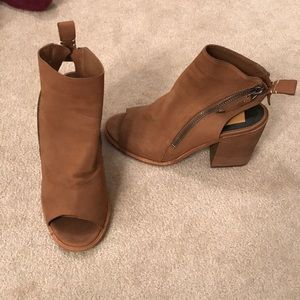 Dolce Vita Heeled Open-Backed Booties